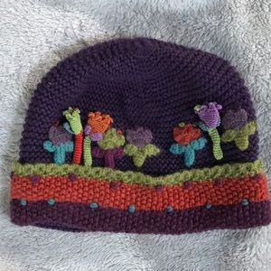 Little journeys hand made hat with flower border